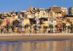 Villajoyosa -Playa y casas de colores.jpg